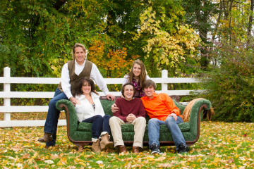 Family Portraits_CT Family Photographer_Outside Family Portraits_Autumn Family Portraits_CT Outside Family Portraits_Unique Family Portraits0001