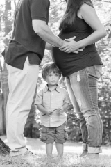 Outside Family Portraits_Black and White Family Portraits_Summer Family Portraits_CT Family Photographer_Black and White Family Portraits0001