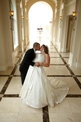 Bride and Groom Portraits_Wedding Portraits_CT Wedding Photographer_CT Photographer_Cute Bride and Groom Portraits_Kissing Bride and Groom Portraits0001