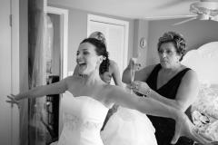 CT Wedding Photography_CT Weddings_Candid Wedding Photographs_Candid Bridal Portraits_Wedding Dress Portraits0001