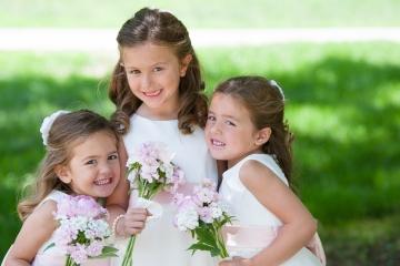 CT Wedding Portraits_Wedding Portraits_Flower Girl Wedding Portraits_Goodspeed Opera House CT Wedding_CT Inn at Middletown Wedding_CT River Wedding_Flower Girl Portraits0001
